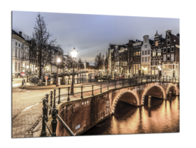 Middle_amsterdam_70x100_gl136_s